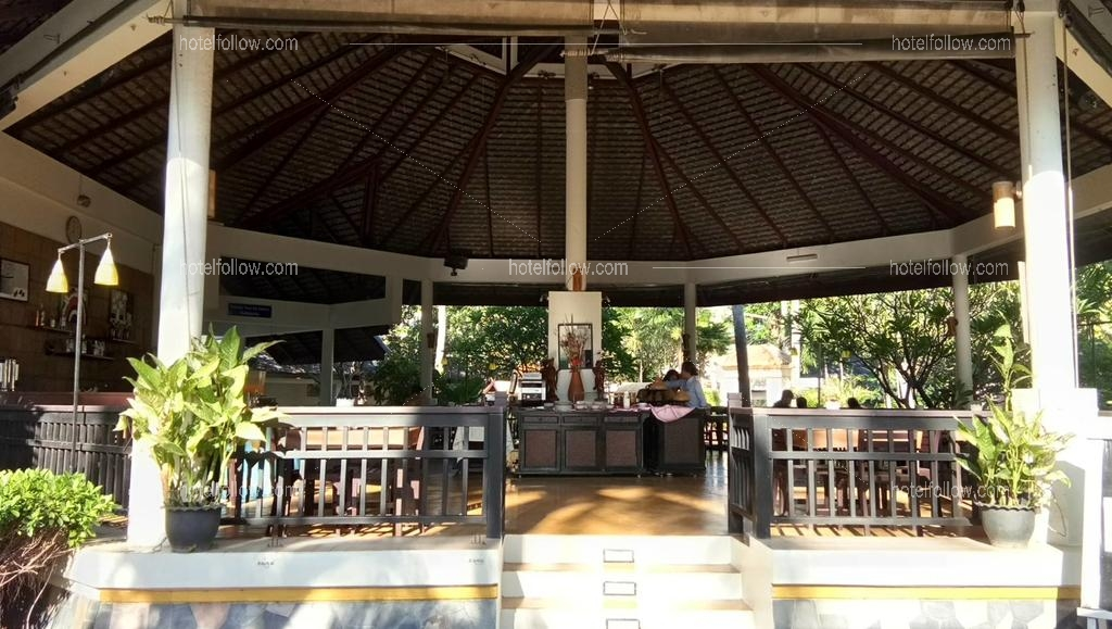 รูปของโรงแรม โรงแรม โกลเด้น ไพน์ บีช รีสอร์ท แอนด์ สปา ปราณบุรี