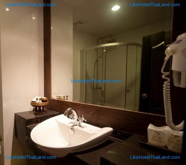 รูปของโรงแรม โรงแรม เรือนแพ รอยัลปาร์ค พิษณุโลก