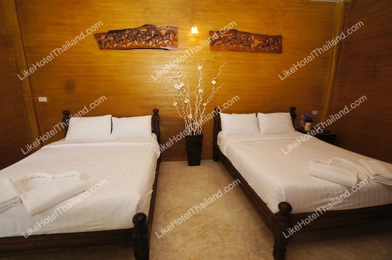 บ้านทรงไทย 1 ห้องนอน (พัก 4 ท่าน)