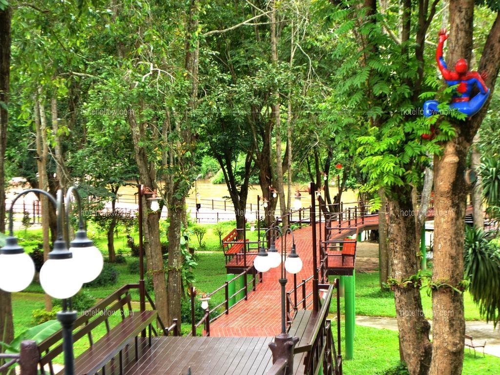 รูปของโรงแรม โรงแรม ผึ้งหวาน รีสอร์ท แควน้อย กาญจนบุรี