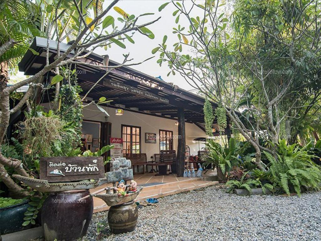 รูปของโรงแรม โรงแรม บ้านอิ่มสุข รีสอร์ท หาดเจ้าหลาว จันทบุรี