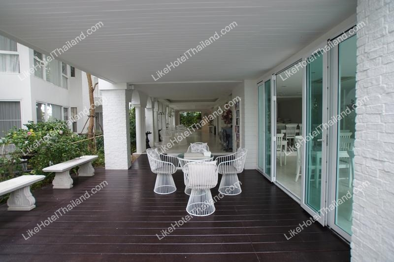 รูปของโรงแรม โรงแรม เวราโน บีช วิลล่า เพชรบุรี