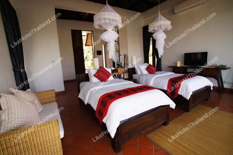 Single villa Twin bed