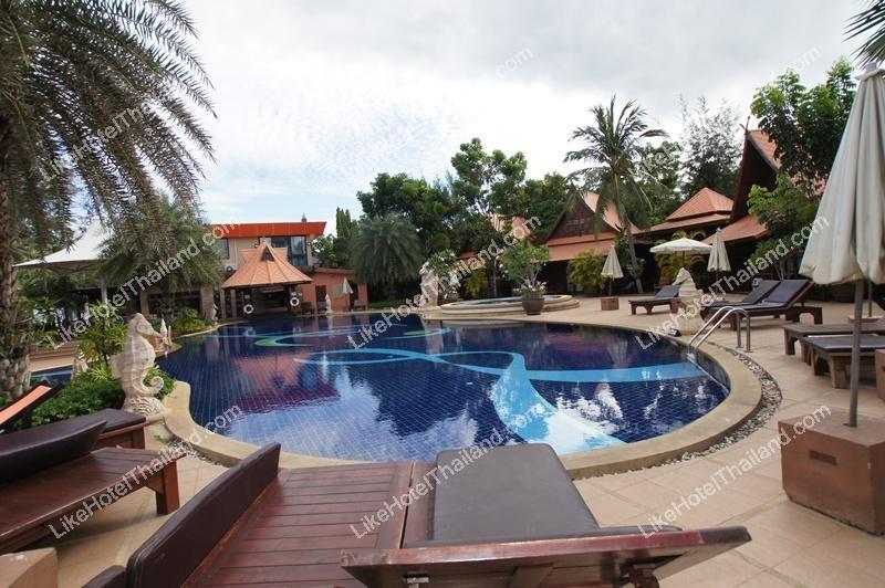 รูปของโรงแรม โรงแรม บ้านกรูด อาเคเดีย รีสอร์ท แอนด์ สปา หาดบ้านกรูด บางสะพาน