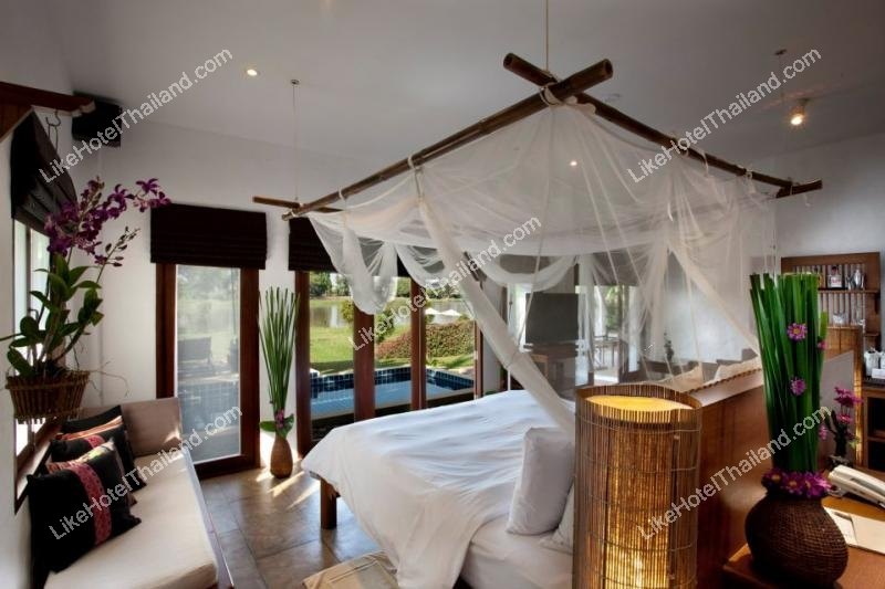 Villa With Pool 2 165 sqm