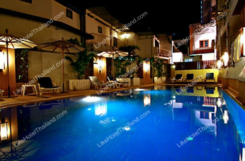 โรงแรม รัตนา บีช หาดกะรน ภูเก็ต