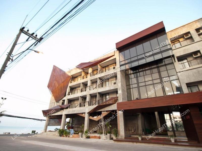 โรงแรม เดอะ นาว โฮเต็ล หาดจอมเทียน พัทยาใต้