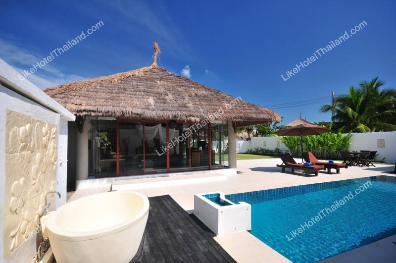 Three Bedrooms Presidential Pool Villa